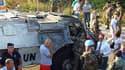 Une bombe a explosé près de l'entrée sud de Saïda, au Sud-Liban, au passage d'un véhicule de la Force intérimaire des Nations unies au Liban. Cinq casques bleus français ont été blessés. /Photo prise le 26 juillet 2011/REUTERS/Jamal al-Ghouraby
