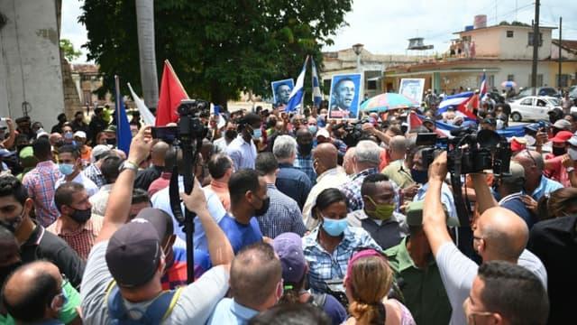Des manifestations ont éclaté dans plusieurs villes à Cuba le 11 juillet 2021.