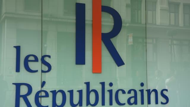 Le logo des Républicains devant le siège du parti à Paris (photo d'illustration).