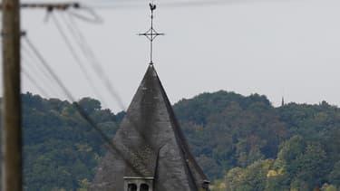 Photo du clocher de l'église de Saint-Etienne-du-Rouvray, le 26 juillet 2016.