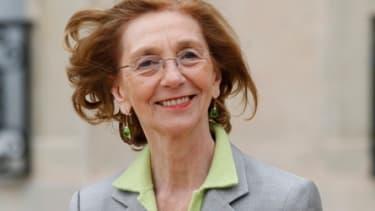 Pour le troisième mois consécutif, la ministre du Commerce extérieur Nicole Bricq annonce une baisse du déficit commercial français