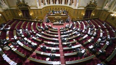 Le Sénat opposé au retrait des contenus en 24 heures par les plates-formes.