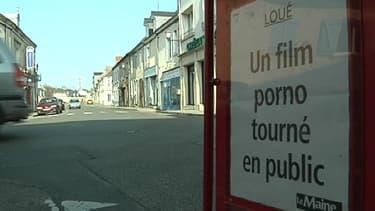 Un film porno a été tourné dans les rues de Loué, village de la Sarthe connu pour sa volaille.