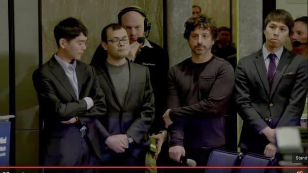 Le champion mondial de Go Lee Sedol, le fondateur de Deep Mind Demis Hassibis et le président d'Alphabet Sergey Brin.