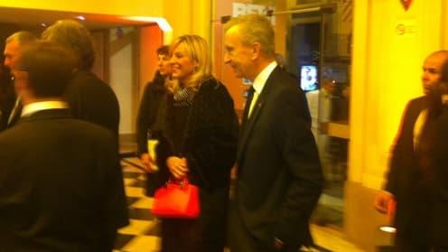 Bernard Arnault, lauréat de l'award du manager BFM, arrivant à la salle Gaveau.