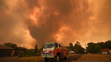Un camion de pompiers à Bargo, au sud-ouest de Sydney, le 21 décembre 2019.