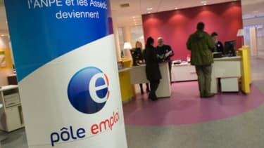Au mois d'avril, près de 40.000 chômeurs supplémentaires sont venus grossir les rangs de pôle emploi