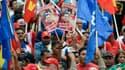 Les Vénézuéliens s'étaient parés de rouge, pour manifester leur soutien à Hugo Chavez, jeudi.