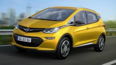 Voici donc à quoi devrait ressembler la version européenne de la Chevrolet Bolt EV, badgée Opel et même éventuellement Vauxhall au Royaume-Uni.
