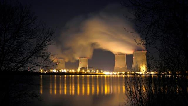 Selon Greenpeace, le surcoût des investissements dans le nucléaire atteindra 78 milliards d'euros en 2032.