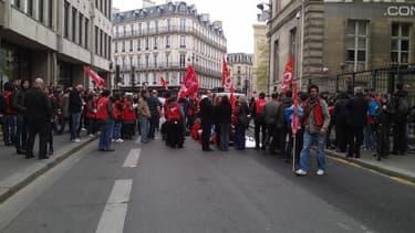 Les salariés de Virgin manifestant le 30 avril dernier à Paris.