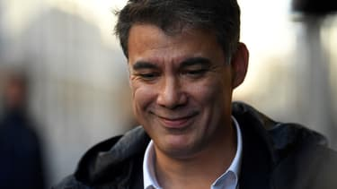 Le député socialiste Olivier Faure à proximité de l'Assemblée nationale, le 30 septembre 2017.
