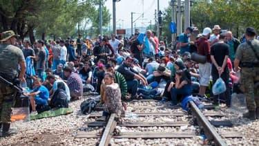 """Le flux migratoire vers l'Union européenne depuis la Turquie est resté """"beaucoup trop élevé"""" après l'accord signé le mois dernier entre Bruxelles et Ankara pour le réduire - Lundi 11 janvier 2016"""