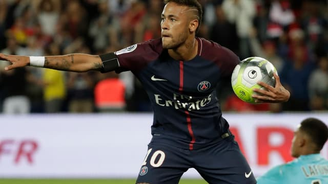 Neymar a pensé à Matuidi ce dimanche contre Toulouse.