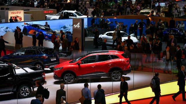 Les voitures neuves atteignent des prix extrêmement élevées au premier semestre.