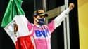 Sergio Perez célébrant sa victoire au Grand Prix de Bahreïn