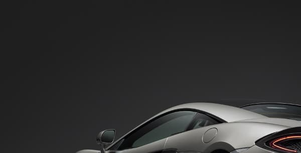 """McLaren propose sur la 570S, son best-seller, une nouvelle offre d'options,  le """"Track Pack"""", à partir du début de l'année prochaine."""