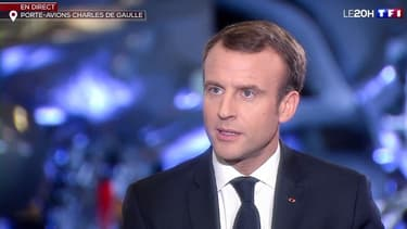 Emmanuel Macron à bord du Charles-de-Gaulle