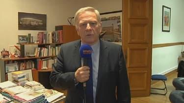 Pierre de Saintignon, le candidat socialiste aux régionales dans le Nord-Pas-de-Calais-Picardie, estime que son retrait au premier tour à priver Marine Le Pen de la présidence.