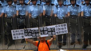 Manifestations à Hong Kong, le 27 septembre 2014.