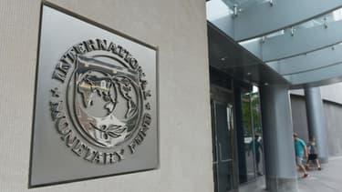 Le FMI pointe aussi des risques économiques