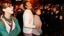 La police d'Oakland est intervenue lundi à l'aube pour démanteler un campement installé par des militants anti-Wall Street et interpeller une douzaine de ses occupants. /Photo prise le 14 novembre 2011/REUTERS/Beck Diefenbach