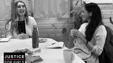 """Meghan Markle lors de sa visite de l'association """"Justice For Girls"""""""