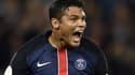 Thiago Silva va prolonger le plaisir à Paris.