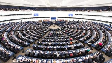 Les députés européens votent 145 milliards de budget par an