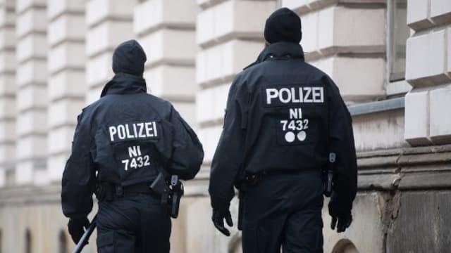 Deux policiers allemands (photo d'illustration)