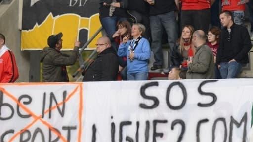 """Le collectif """"SOS Ligue 2"""" réclamait de longue date le changement d'horaires des matchs de Ligue 2."""