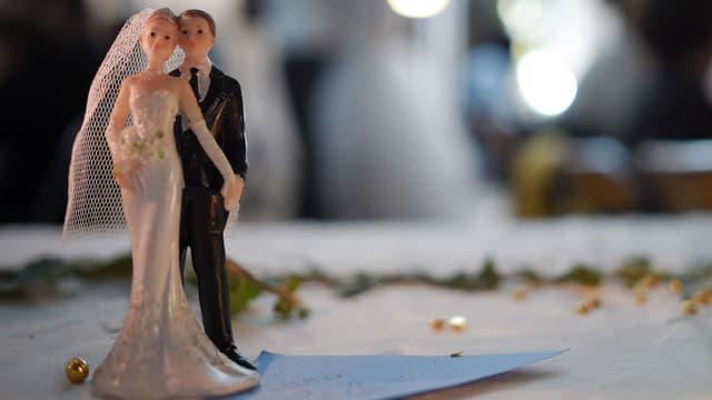 Selon l'Insee, on se marie moins et plus tard.