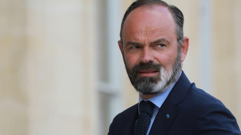 """Covid-19: Philippe """"pas sûr"""" que le pays soit """"prêt"""" pour des mesures localisées"""