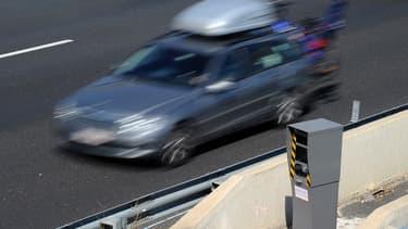 L'entrepreneur a été flashé dans sa voiture personnelle aussi enregistrée comme véhicule professionnel.