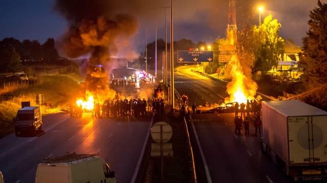Les gens du voyage ont bloqué l'A1 dans la nuit de vendredi à samedi.