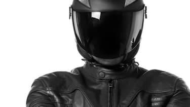 La French Tech innove en connectant les casque de moto pour les transformer en objet connecté qui améliore la sécurité des pilotes.