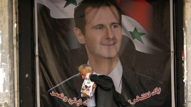 Un portrait de Bachar al-Assad dans les rues de Damas, le 23 février 2016.