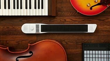 L'Artiphon est une véritable invention, et pas la version numérique d'un instrument existant. Sa forme fait penser à un clavier portatif mais c'est bien plus que cela.