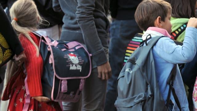 Le diagnostic d'un enfant ayant des troubles de l'attention avec ou sans hyperactivité est posé à l'âge de 9-10 ans.