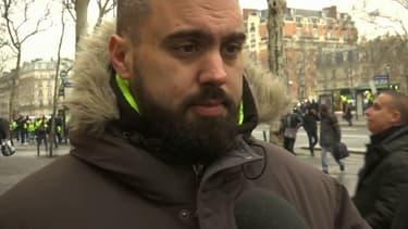 Éric Drouet, figure des gilets jaunes, est ce samedi à Paris pour participer à la marche en hommage aux blessés parmi les gilets jaunes.