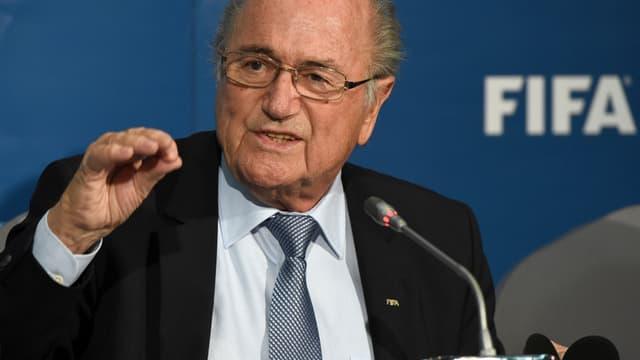 Sepp Blatter, président de la Fifa, avait décidé en septembre d'interdire la pratique de la propriété des joueurs par des tiers.
