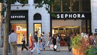 Le magasin Sephora des Champs-Elysées ferme ses portes le soir