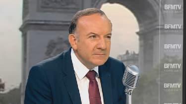 Pierre Gattaz, le président du Medef, s'est insurgé contre l'interdiction faite aux magasins d'ouvrir le dimanche.