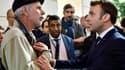 Un professeur de maths de collège interpelle Emmanuel Macron à Pau, le 14 janvier 2020.