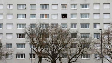 Un immeuble du quartier de l'Argentine à Beauvais (Oise) où des échauffourées ont eu lieu, photographié le 5 mars 2021