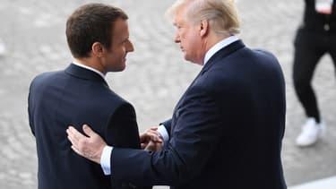 En marge de sa visite d'État aux États-Unis, Emmanuel Macron a appelé Donald Trump  à ne pas taxer définitivement l'Union européenne. (image d'illustration)