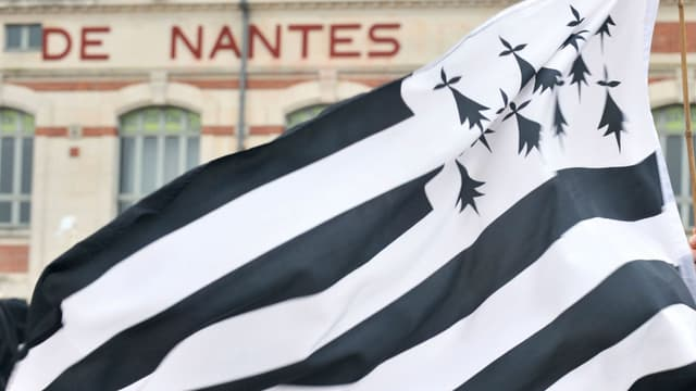 Une manifestation en 2010 à Nantes pour réclamer le rattachement de la Loire-Atlantique à la Bretagne