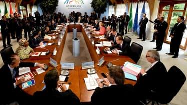 """Les pays du G7 ont jugé """"nécessaire"""" à l'issue d'un sommet en Bavière """"une diminution importante des émissions mondiales de gaz à effet de serre"""" et """"une décarbonation de l'économie"""" au cours de ce siècle."""