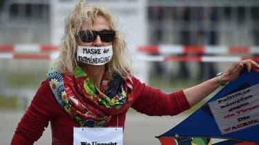 Une manifestante à Munich samedi 23 mai.