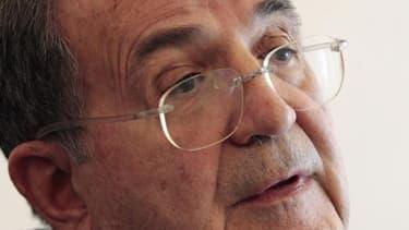 Le Parti démocrate a choisi vendredi de proposer la candidature de Romano Prodi au poste de président de la République en Italie, selon une source présente à la réunion du PD. /Photo prise le 12 mars 2013/REUTERS/Giampiero Sposito